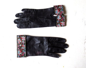 Vintage 1950s Gloves | Black Leather Gloves | Floral Cuff Gloves