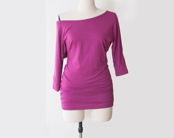 SAMPLE SALE SIZE S -Loose fit top, with side shirring and 3/4 sleeves, great as a maternity top