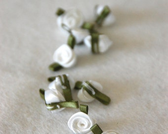 Satin ribbon rosebuds SMALL in white - packs of 10pc