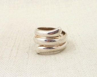 SALE ---- Size 10.25 Vintage Sterling Thick Serpentine Wrap Ring