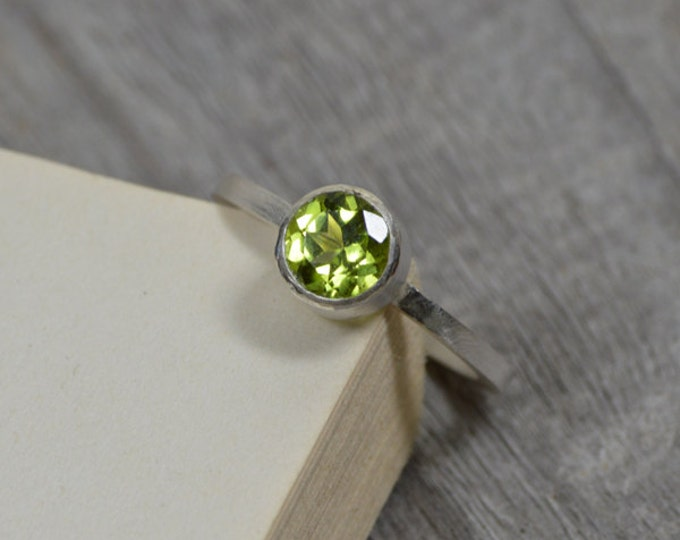 Peridot Ring In Sterling Silver, Leaf Green Peridot Stacking Ring, August Paridot Ring, Engagement Ring, Handmade In England