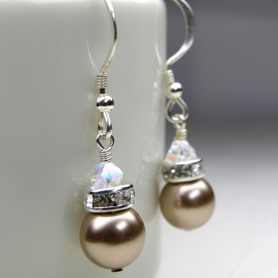 Rustic champagne earrings taupe swarovski pearl drop for Jewelry for champagne wedding dress