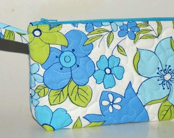 Quilted Make-up Case, Zippered Pouch, Up-cycled Vintage Sheets