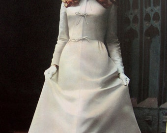 UNCUT* 1960s Vogue Couturier Sewing Pattern 2629 by Designer Sybil Connolly // Misses' BRIDAL DRESS  * Size 14 * Bust 36 * Vogue Label
