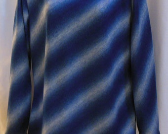 Womens Top Blue and White Diagonal Striped Med
