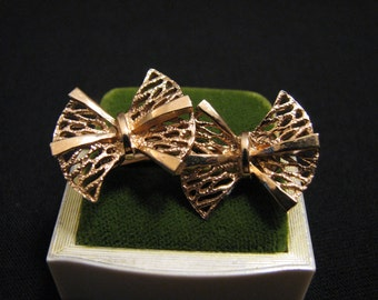 Vintage Gold Tone Filigree Bow Clip Earrings