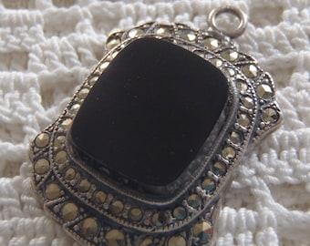 Vintage Pendant Sterling Silver Onyx Marcasite Uncas