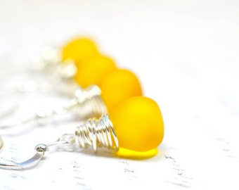 Warm Frosted Yellow Wire Wrapped Earrings, Yellow Dangles, Amber Yellow Earrings Yellow Drop Earrings Sunny Yellow Honey Yellow Drops