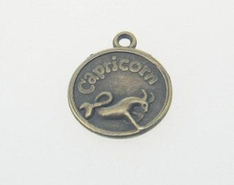 5 pcs Zinc Antique Brass Capricorn Horoscope Decorations Findings 11x21 mm. CPC Br 1121 140 CHM BC