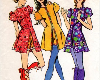 70s Vintage Mini Dress and Short Shorts Pattern - Jiffy Simplicity 9544 - Bust 32