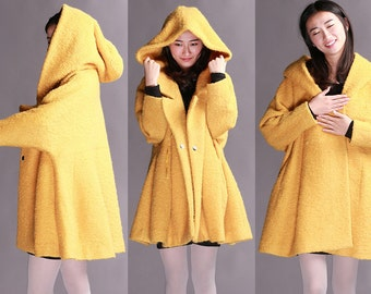 Yellow double-breasted long section of fleece cape coat