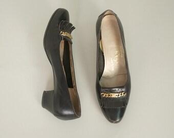 1960s FERRAGAMO leather heels • vintage 60s shoes • black loafers • size 7.5