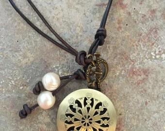 Bronze Oil Diffuser Necklace