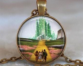 Yellow Brick Road pendant, Wizard of Oz necklace, Oz jewelry, Emerald City pendant, Oz pendant, Oz keychain key ring