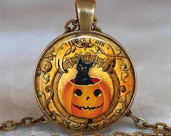 Black Cat Pumpkin pendant, Halloween pendant, Halloween necklace, Halloween jewelry Samhain keychain key chain