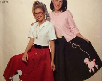 Misses' Classic Retro 50s Felt Circle Skirts Sock Hop Rockabilly Dressing Poodle Applique  UNCUT