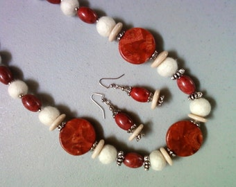 Chunky Reddish Pink, White and Cream Necklace and Earrings (1063)