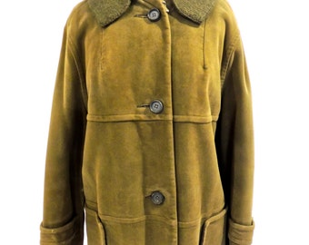SALE vintage olive suede coat - 1940s Country Pacer faux-fur lined green suede leather coat