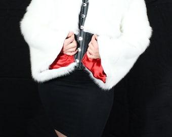 Cropped coat in white faux fur // Cruella de vil cosplay // white coat