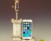 Reclaimed wood iPhone Dock with lamp and wall charger for iPhone.. Cottage Rustic. 725. Antique white. Edison bulb.