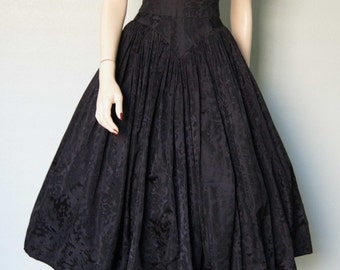 Classic 1950s New Look Traina - Norell Silk Satin Dinner Dress // Beautifully Constructed // Couture // Small