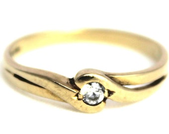 Vintage Ladies Cubic Zirconia Solitaire Ring Wedding Engagement Yellow Gold 9ct 9 375 | FREE SHIPPING | Size P.5 / 8