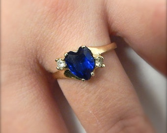 Heart Ring, Vintage 14k Gold Ring, Blue Heart Ring - Size 8.5, Gift for Her, Valentine's Day