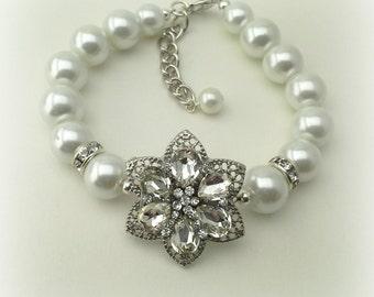 Wedding Flower Bracelet, Bridal Crystal Bracelet, Pearl Bracelet, Rhinestone Flower Bracelet, Bridesmaid Bracelet Gift