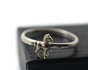 Equine Ring, Horse Jewelry, Sterling Silver Horse Ring, Animal Jewelry