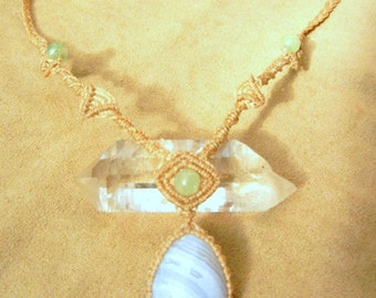 Blue Lace Agate Necklace in Beige with Jade in Micro Macrame