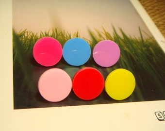 Colorful Round Shaped Flatback Cabochon Stud Earrings (E16) - choose your color