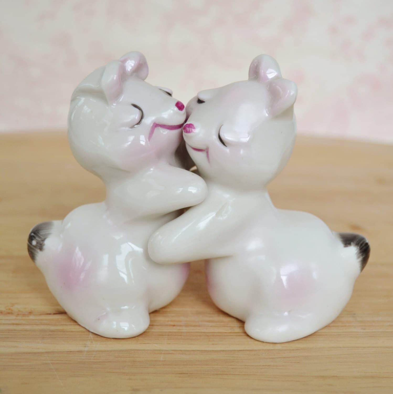 Vintage bunny hug salt and pepper shakers in by nevermorevintage - Hug salt and pepper shakers ...