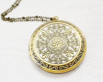 brass gold locket, keepsake locket, engraved locket, bridesmaid, best friend necklace, victorian locket, graduation gift, flower locket