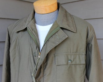 vintage 1970's A-2 Men's Cold Weather Deck jacket. Heavy twill - Fleece lined. US military issue - Olive Green. Size 42