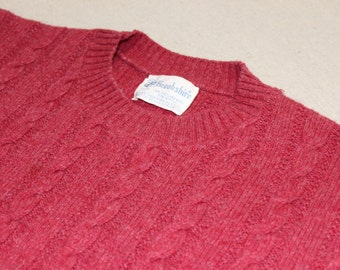 vintage 1960's -Brookshire- Men's crew neck pullover sweater. Cable knit in Cranberry Red. Shetland wool blend. Large