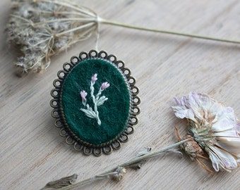 Hand Embroidered Flower Brooch - Fantasy Border - Antique Bronze - Pink Flowers on Emerald Green Background