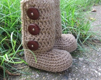 SALE Crochet Baby Boots, Booties, Photo Props Boy, Girl Baby Shower Best Seller- 0-3m, 3-6m, 6-12m-Many colors
