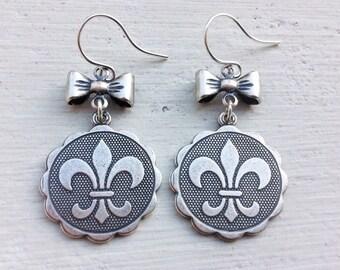 Fleur De Lis Earrings/Coin Earrings/Fleur De Lis/Fleur De Lis Jewelry/French Earrings/Bow Earrings/Gifts For Her
