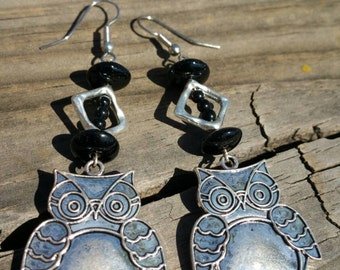 Black and silver dangle owl earrings