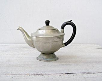 Vintage Metal Teapot Distress, Aluminum Tea Kettle Tarnished, Vintage Metal Planter, Retro Kitchen Decor, Old Cafe Decor, Metal Plant Pot