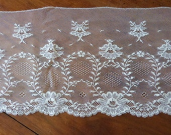 Antique French floral embroidered lace trim w wreaths of roses trimming edging passementerie w floral design vintage French sewing supply