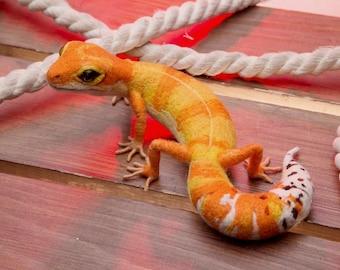 Leopard Gecko MADE to ORDER needle felted Soft sculpture, Wool figurine Handmade OOAK animal art doll plushie Pet reptile Lizard