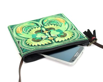 Green Embroidered Bag With Tassel Zipper Pull Removable Leather Strap (BG5108-GB)
