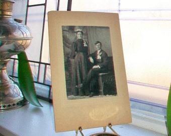 Antique Photograph Victorian Wedding Portrait 1800s Cabinet Card Mennonite Couple