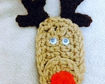 Reindeer Lapel Pin Crochet Pattern- PDF Pattern- also use as a magnet, tree ornament or package trim