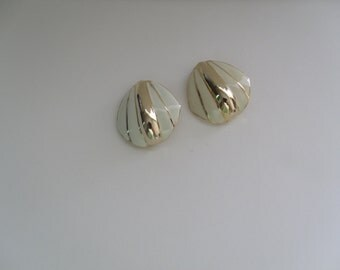 Vintage Ivory Enamel Clip On Earrings
