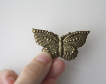 Vintage BUTTERFLY BROOCH // Large