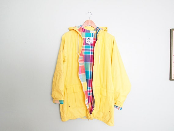 vintage rain coat / rain slicker / oversize / 1980s yellow