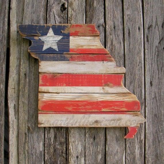 Americana State Wood Missouri Cutout Custom Flag Red White Blue Paint Patriotic Decor Primitive Folk Art Heavily Distressed State Reclaimed