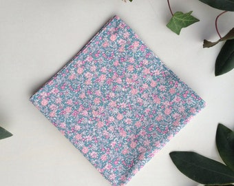 Floral Lawn Cotton Pocket Square in Teal